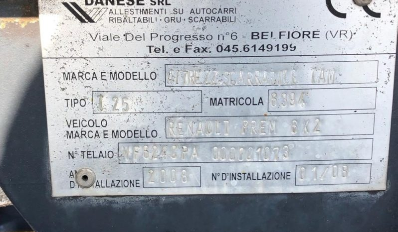 RENAULT 450.26 6X2 SCARRABILE completo